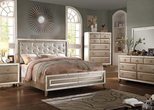 Voeville Bedroom Set