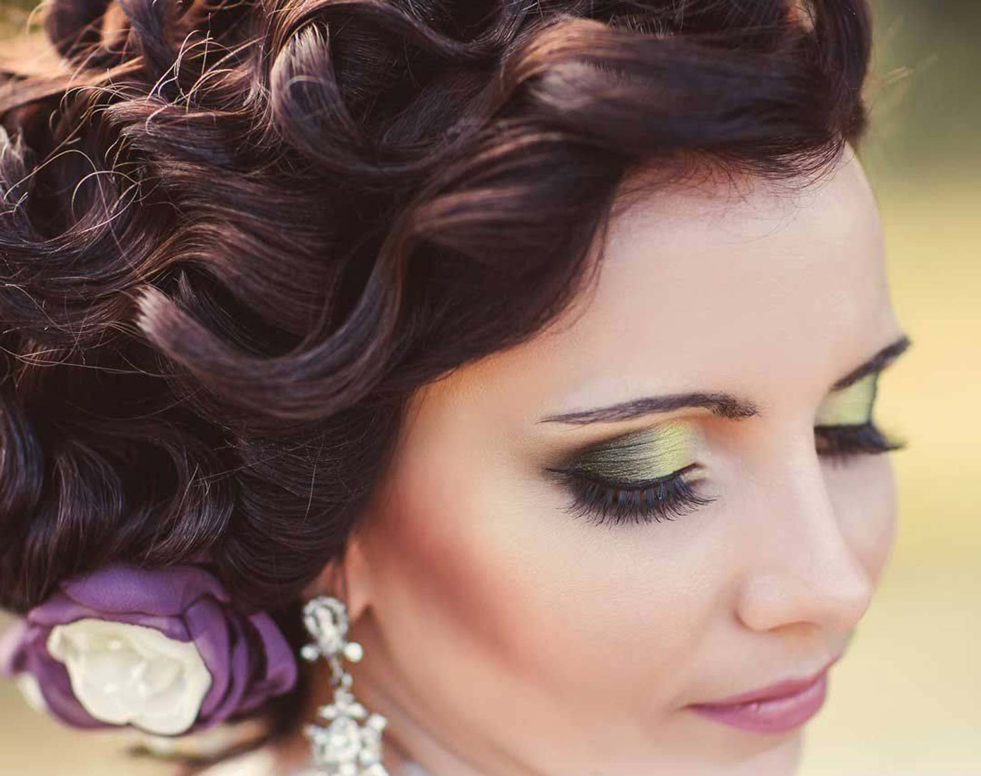 Look good feeling great on your wedding day the boutik whether it is solely for your yourself the bride or for your entire bridal party our stylists and beauty therapists can provide you with a complete range solutioingenieria Gallery