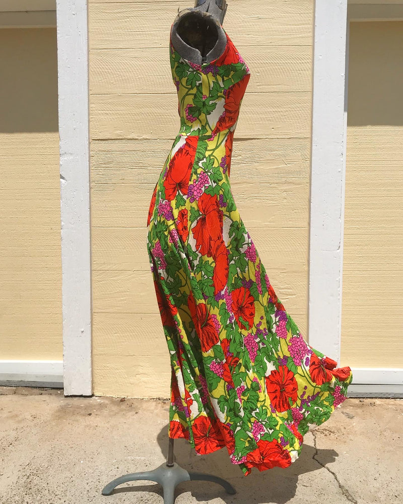 1960's Sleeveless Poppy Print Maxi Dress