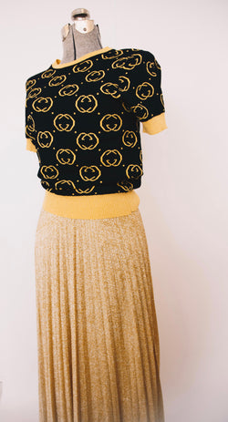 Bootleg Gucci Monogram black and gold cropped sweater