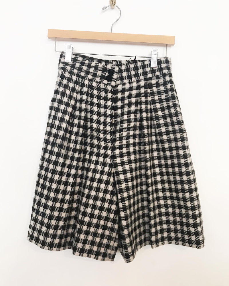 80s highwaisted wool houndstooth shorts