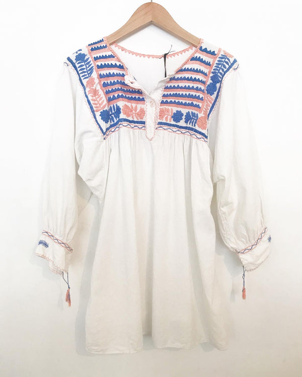 80s dolman sleeve Mexican embroidered top