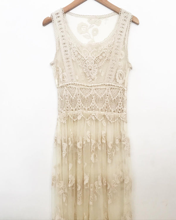 Vintage Lace Sleeveless Dress