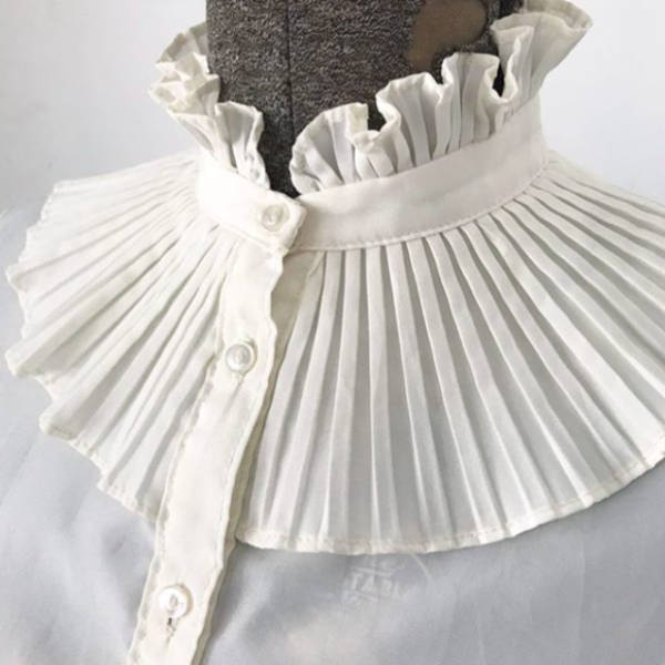 80's Victorian Blouse with Accordion Pleats at Neck