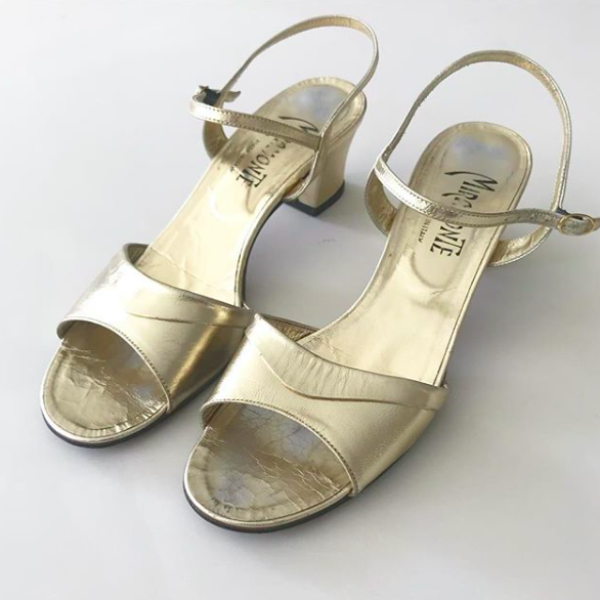 Gold sandals size 9N