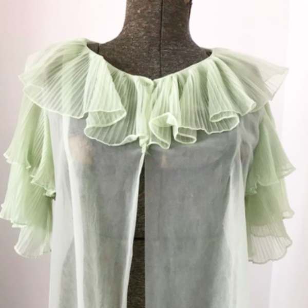 1960's Sheer Green Peignoir with Ruffle Collar