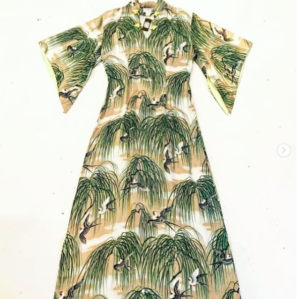 1960's Crane Print Silk Dress with Kimono Sleeves