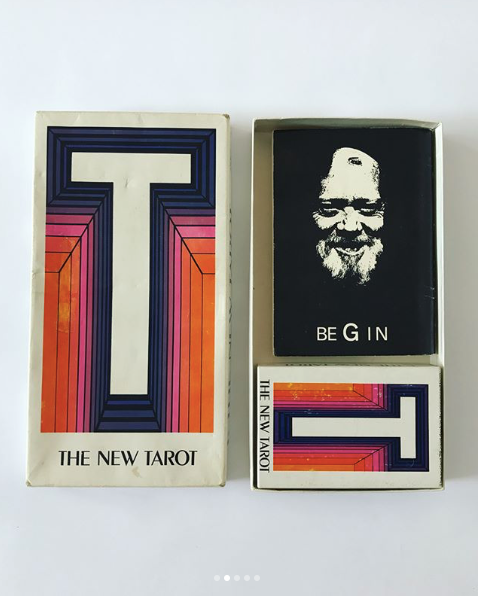 "1970's ""THE NEW TAROT"" SET"