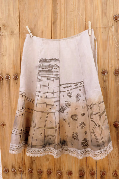 Skirt with tribal drawings by Hello My Goddess (back view)