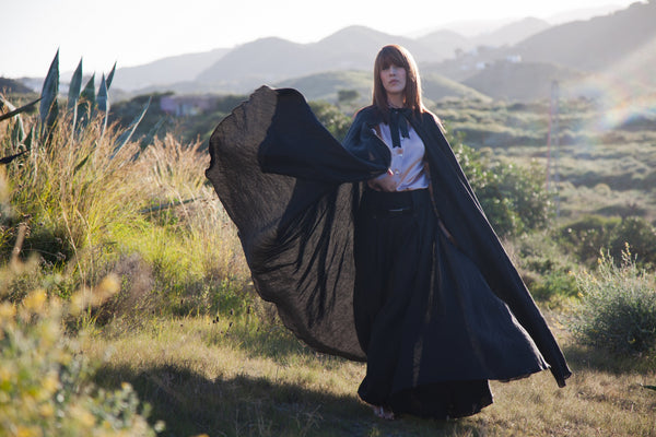 Hello My Goddess Big Cape in Black Linen