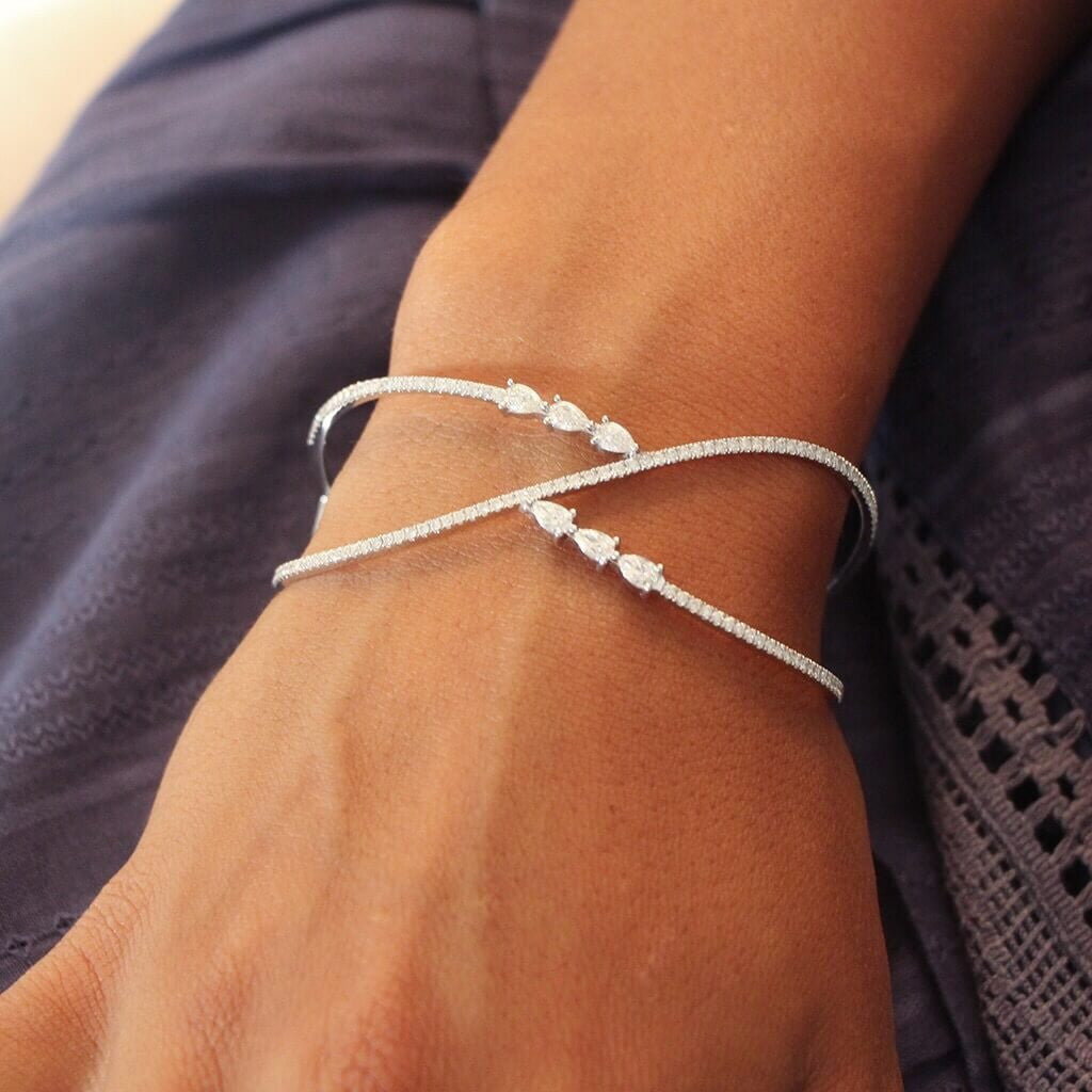 Pear Pointer Bangle