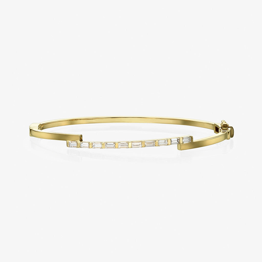 18K yellow gold baguette diamond Bangle