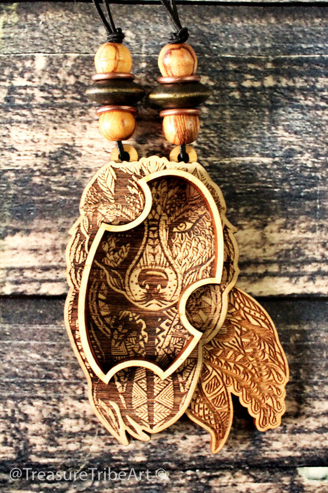 "Wolf 3"" Magnetic Stash Pendant 
