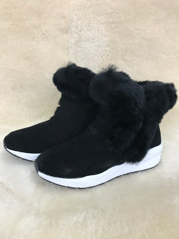 FW SNEAKER SHEEPSKIN WITH RABBIT FUR TRIM WOOLLY FLEECE LABEL