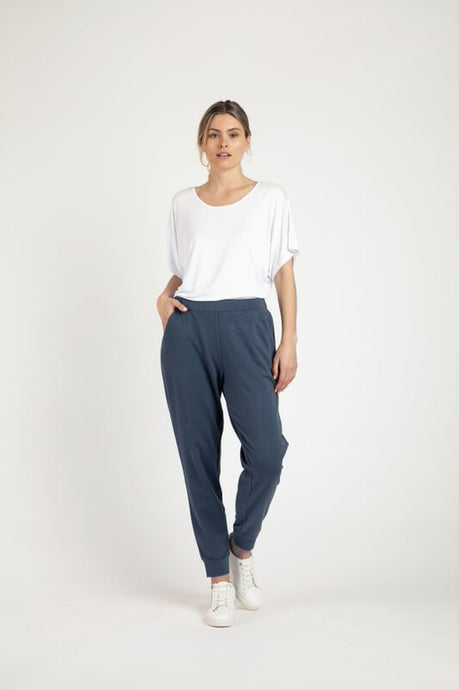 Betty Basics Lindsay Jogger - Indi Blue
