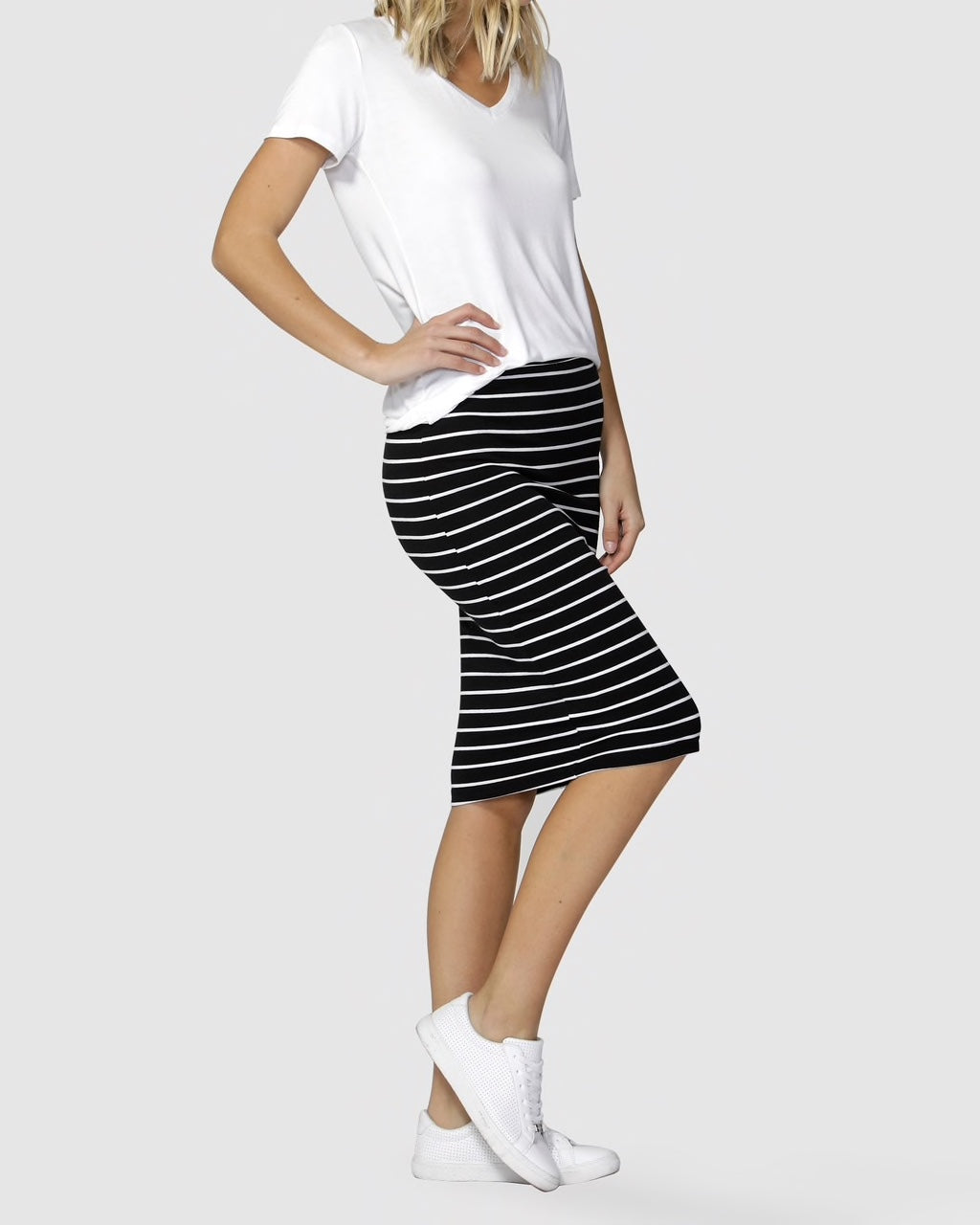 Betty Basics Alicia Skirt. Black & White. New Zealand. Casual wear.