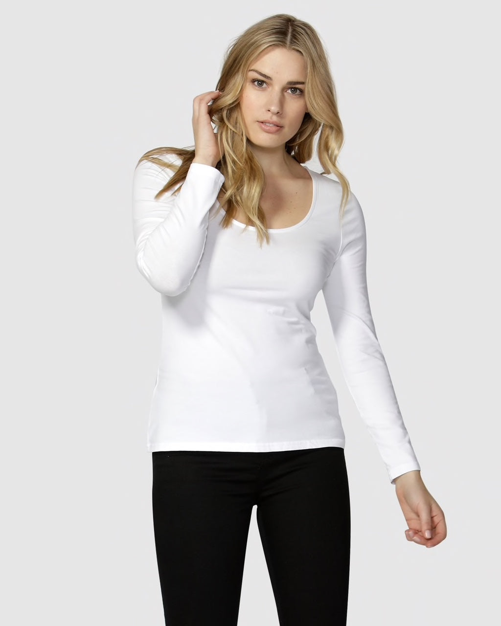 Betty Basics Madonna Scoop Long Sleeve Tee  WHITE
