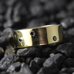 black diamond gold ring