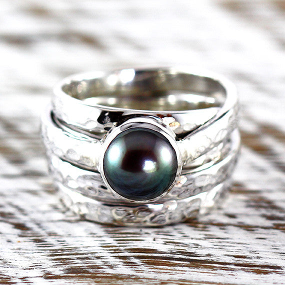 Pearl Ring Black Freshwater Sterling Silver Hammered Finish