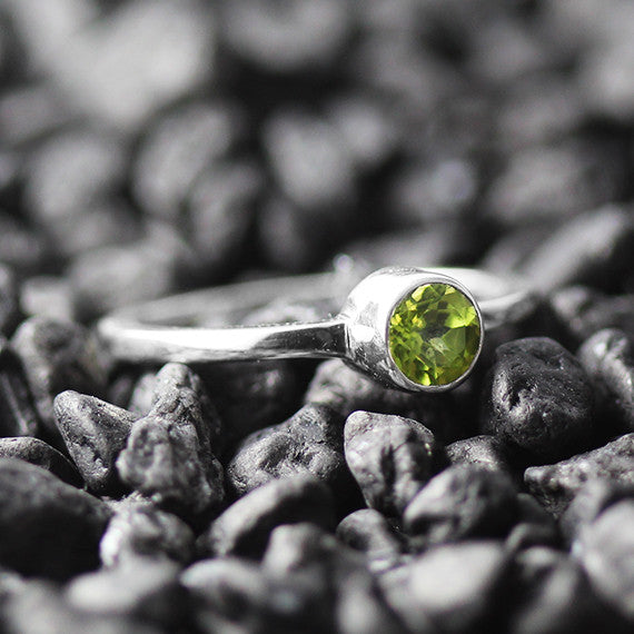 green peridot silver ring
