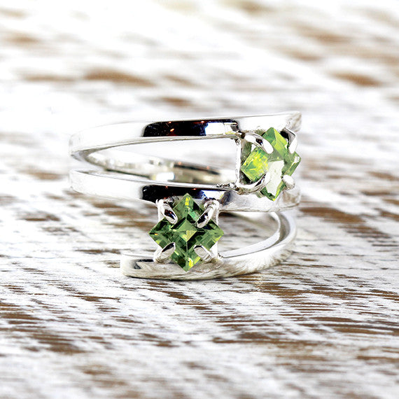 Peridot Green Gemstone Dainty Ring 925 Sterling Silver