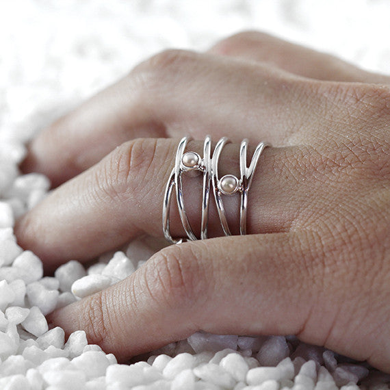 womens pearl ring