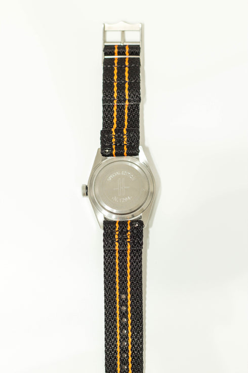 [Quick Release] Sharktooth NATO - Black / Orange