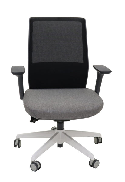 MOTION MESH BACK CHAIR - Richmond Office Furniture