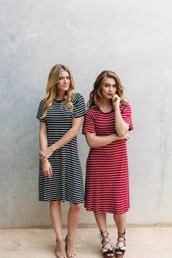 ALL ABOUT STRIPES TEE DRESS-BURGUNDY