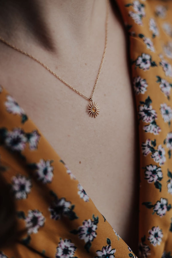 Mini Sunburst Pressed Flower Necklace
