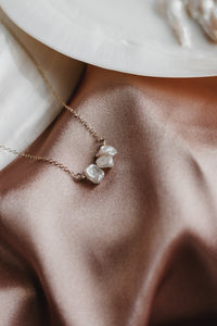 Claire Tiny Keshi Pearl Bar Necklace