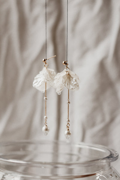 Dropping By Pearl Dangle Earrings