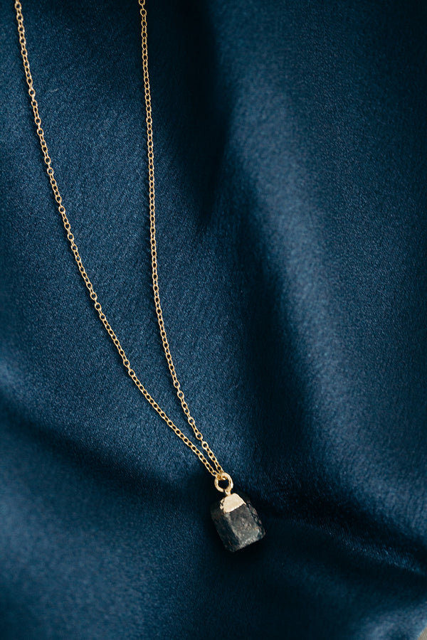 Raw Sapphire Necklace - September Birthstone Necklace