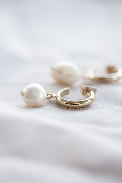 Mia Pearl Drop Earrings