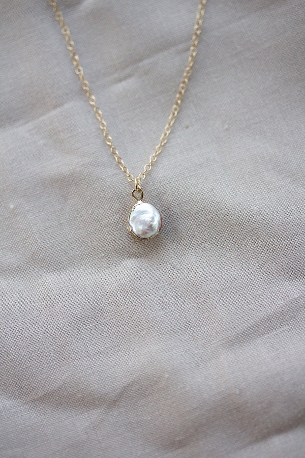 Lucia Petite Mother of Pearl Necklace