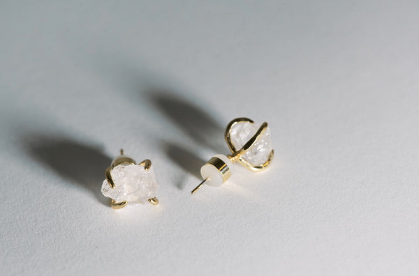 Stay Raw - raw clear quartz claw studs