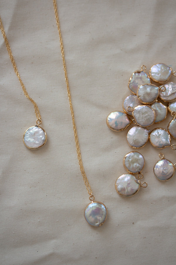 Lola Mother Of Pearl Necklace