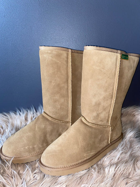 Ugg Boots - Tall - 100% Lambswool - Trickstar & CoMerinoMoccasins & Ugg Boots