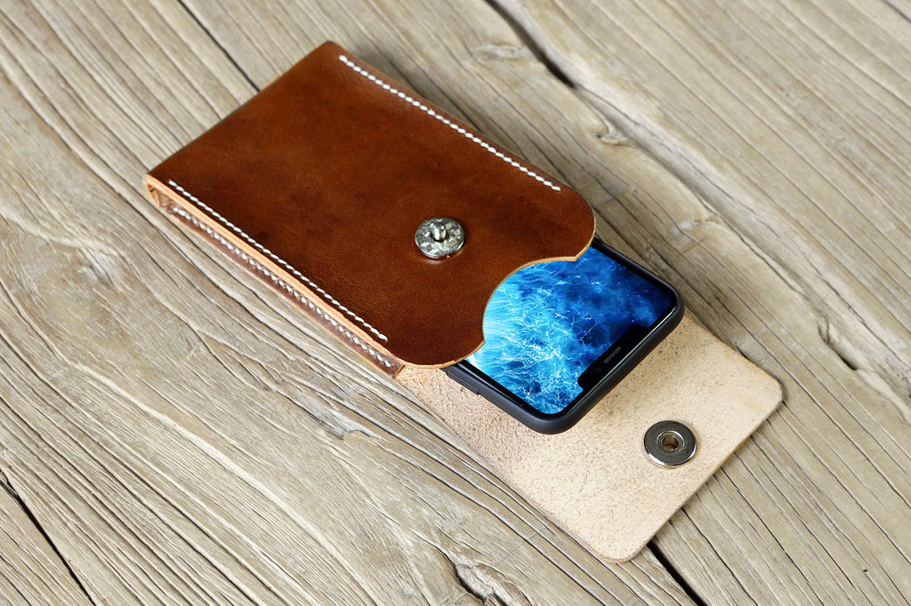 Brown vegetable tanned leather cell phone belt pouch