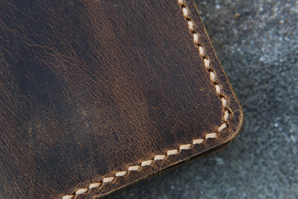 Personalized distressed leather slim credit card holder