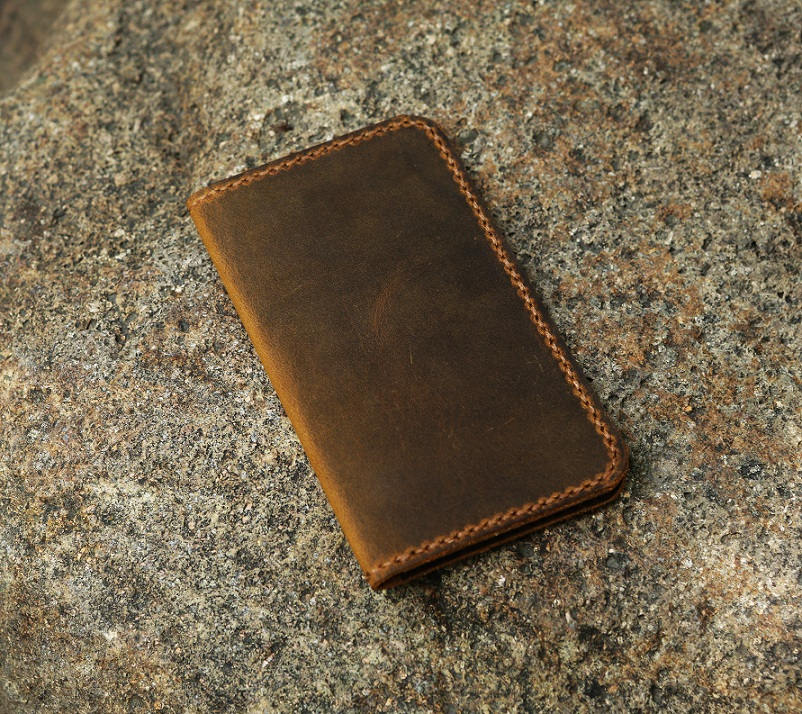 Personalized minimalist leather wallet