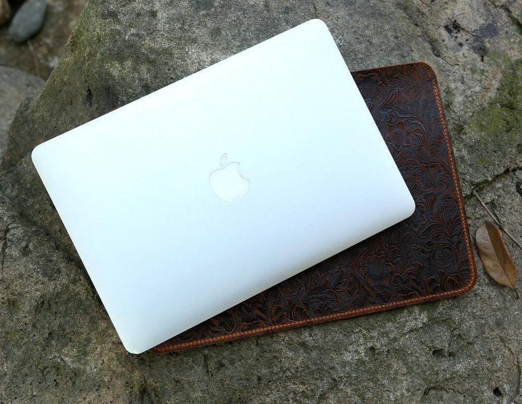 Women Vintage leather macbook pro sleeve
