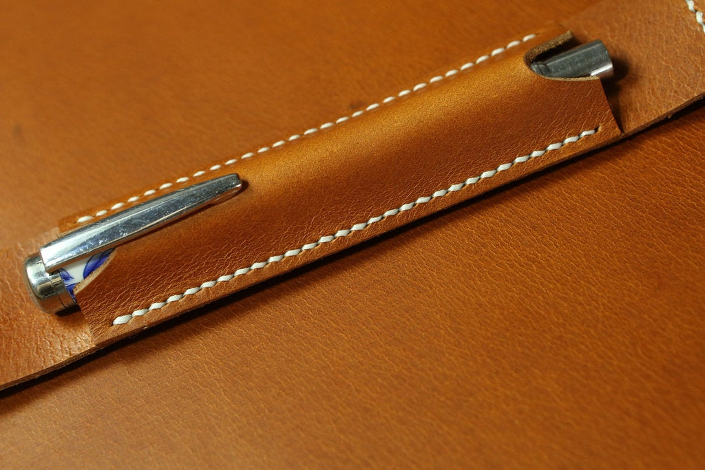 vegetable tanned leather pen holder