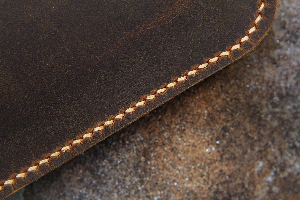 vintage retro leather macbook cover