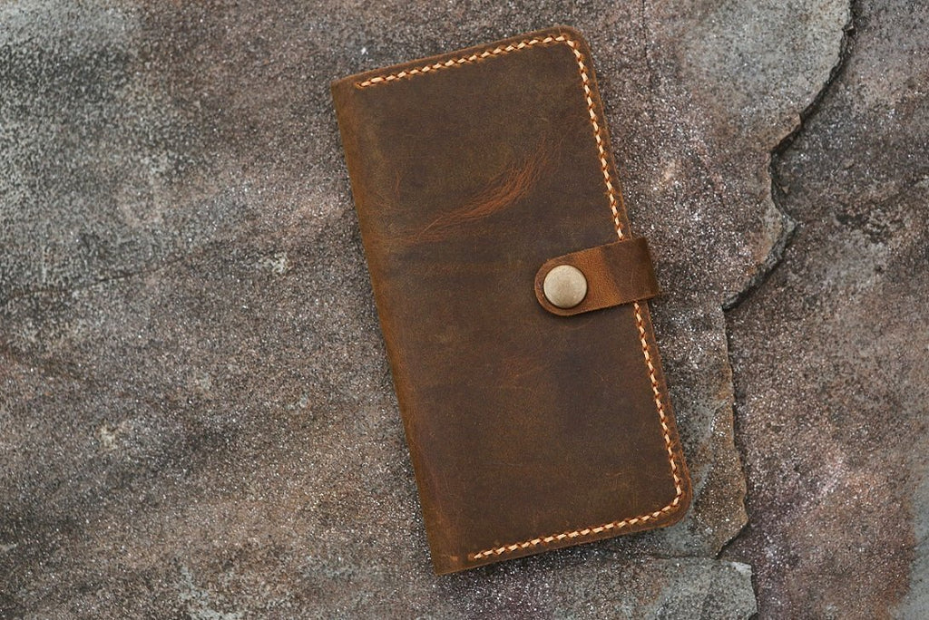 leather iPhone XR wallet