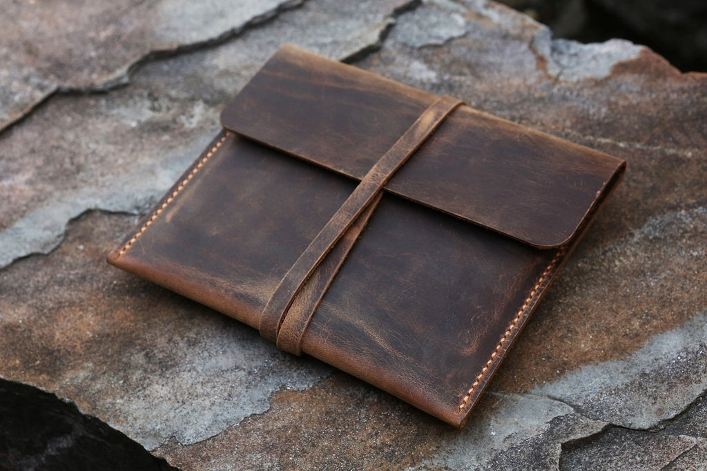 leather oasis 2 pouch