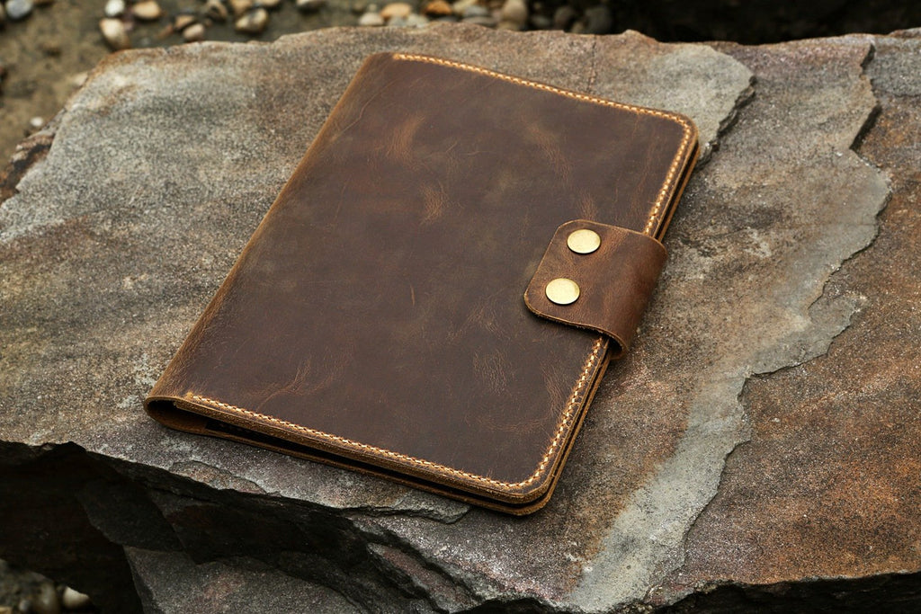 Vintage retro leather rocketbook executive cover