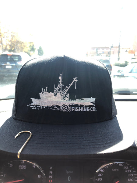 BOAT TRUCKER HAT (BLACK FRONT)