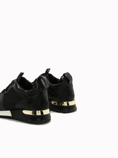 Quincy Lace-up Sneakers