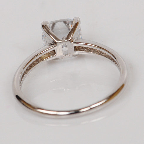 2.55 CARATS SUPERB CUSHION CUT 14KT SOLID GOLD SOLITAIRE ANNIVERSARY RING